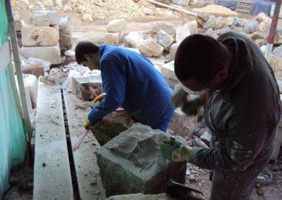 Atelier taille de pierre Mas de Charles Livernon