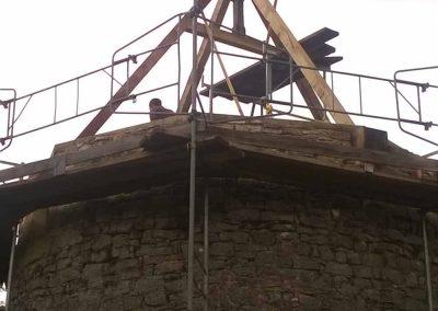Réalisation de la charpente du moulin - octobre-2014