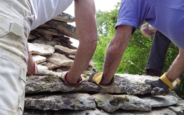 formation maçonnerie pierre sèche et pierre hourdée eco construction Lot